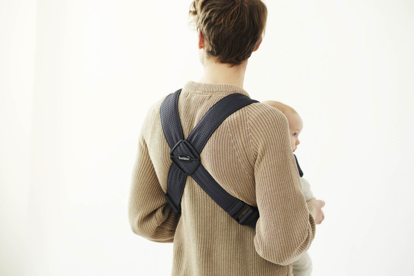 Baby-Carrier-Mini---Anthracite--Mesh--5-