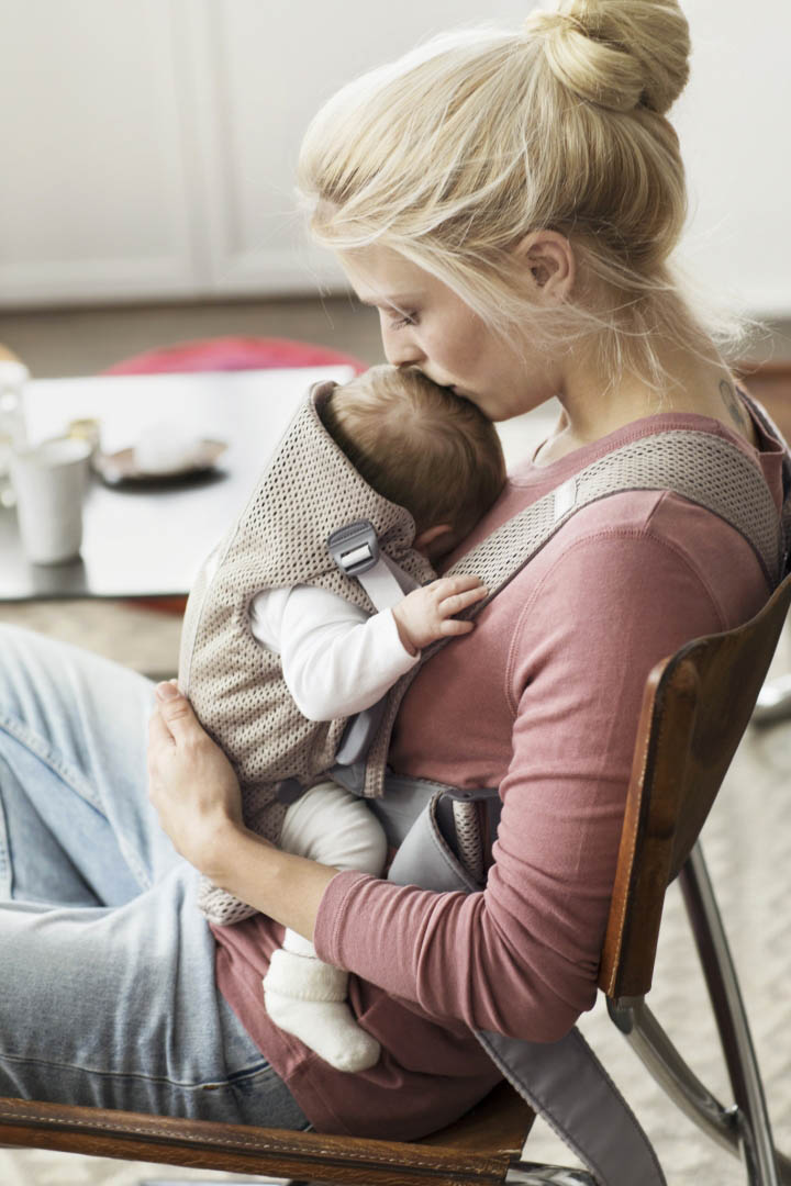 Baby-Carrier-Mini---Greige--Mesh--4-