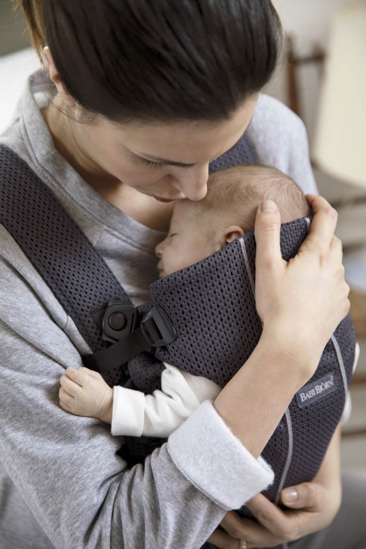 Baby-Carrier-Mini---Anthracite--Mesh--4-